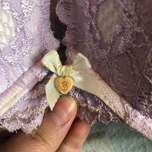 Victoria's Secret Intimates & Sleepwear - Victoria's Secret Lace Push-Up Bra